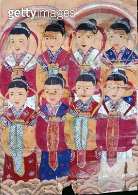 <b>Title</b> : Eight angels (natural pigment on paper) (see also 238537)<br><b>Medium</b> : natural pigment on paper<br><b>Location</b> : Gahoe Museum, Jongno-gu, South Korea<br> - gettyimageskorea