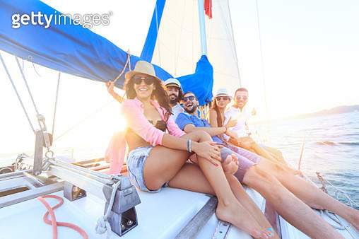 Young people traveling with sailboat - gettyimageskorea
