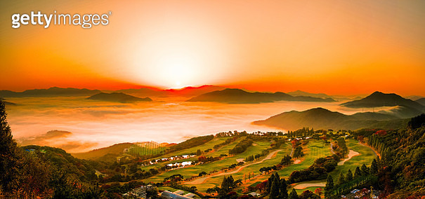 VD702 Baekbong mountain sunrise - gettyimageskorea