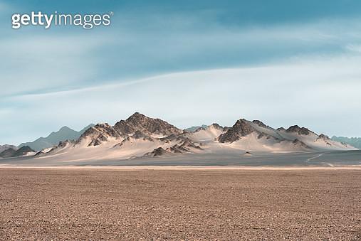 Arid desert and mountains - gettyimageskorea