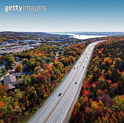 Aerial view of Highway 102 in Bedford on an October afternoon. - gettyimageskorea
