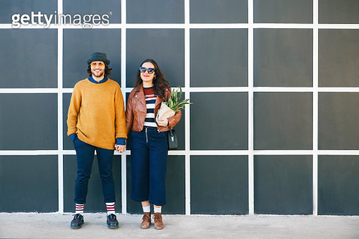 Young couple hand in hand - gettyimageskorea