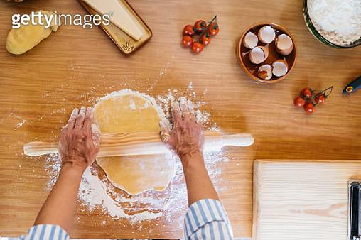 Woman preparing dough for ravioli, top view - gettyimageskorea