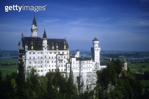 <b>Title</b> : View of Schloss Neuschwanstein, built 1868-91 (photo)<br><b>Medium</b> : <br><b>Location</b> : Bavaria, Germany<br> - gettyimageskorea