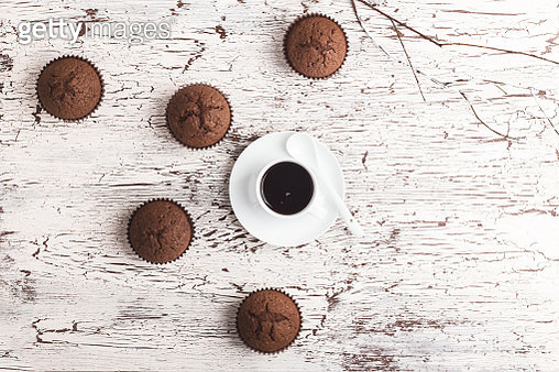 Coffee with chocolate pastry - gettyimageskorea