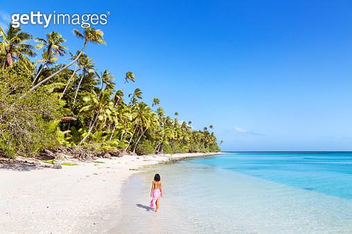 Sandy beach on Kadavu island, Fiji - gettyimageskorea