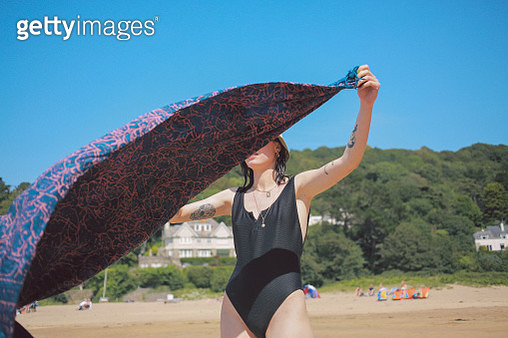 Friends at The Beach - gettyimageskorea