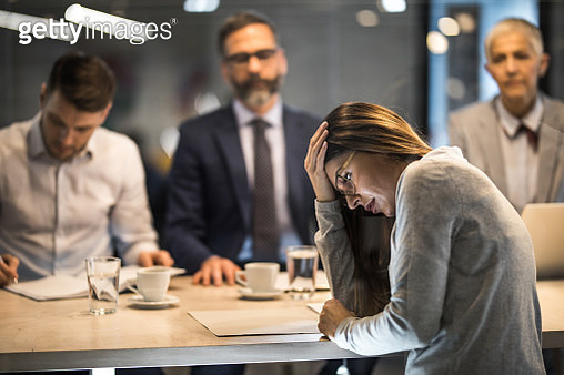 Young frustrated woman failed on a job interview in the office. - gettyimageskorea