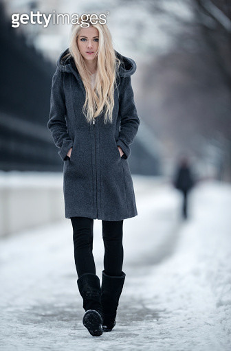 Natural blond beauty in chic winter. Nikon D800e + 200mm 2.0. Converted from RAW. - gettyimageskorea