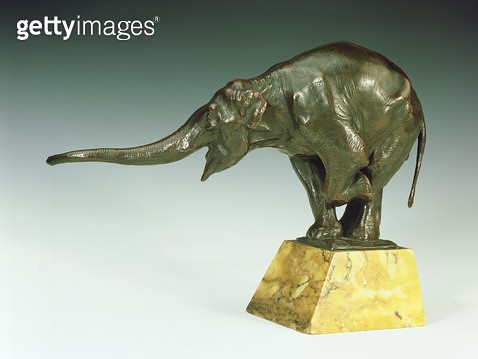 <b>Title</b> : Begging Elephant, bronze, with marble stand by Rembrandt Bugatti (1885-1916)<br><b>Medium</b> : <br><b>Location</b> : Private Collection<br> - gettyimageskorea