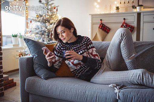 Love Christmas at home - gettyimageskorea