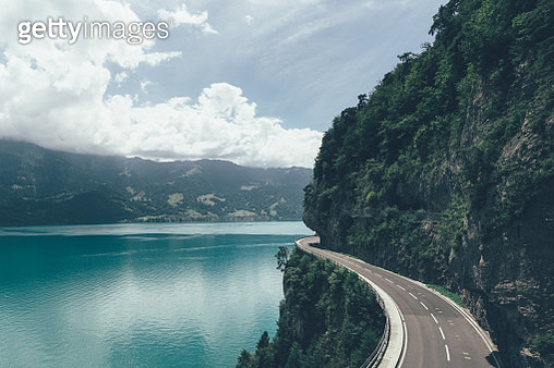 Country Road Along Mountains - gettyimageskorea