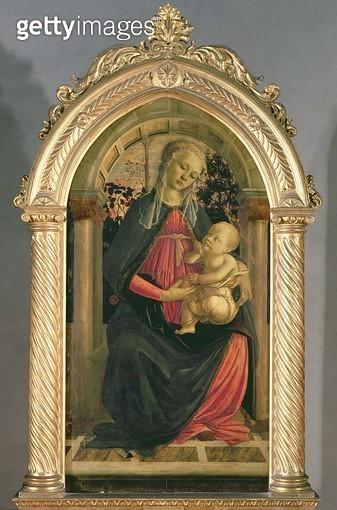 <b>Title</b> : The Madonna of the Roses, c.1470 (tempera on panel)<br><b>Medium</b> : tempera on panel<br><b>Location</b> : Galleria degli Uffizi, Florence, Italy<br> - gettyimageskorea