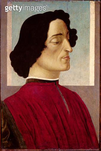<b>Title</b> : Portrait of Giuliano de' Medici (1478-1534) c.1480 (tempera on panel)<br><b>Medium</b> : tempera on panel<br><b>Location</b> : Galleria dell' Accademia Carrara, Bergamo, Italy<br> - gettyimageskorea