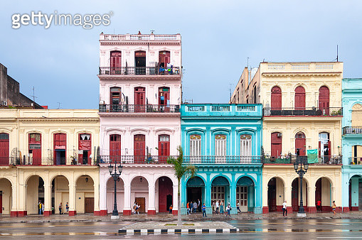 Well conserved buildings laying in a main avenue of Havana city, Cuba. - gettyimageskorea