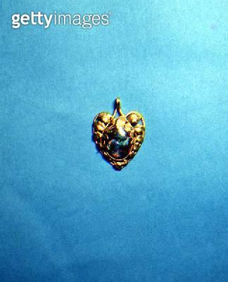 Art Nouveau black opal matrix pendant/ signed 'Arnould' 1900 - gettyimageskorea