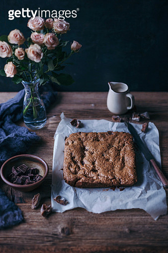 Chocolate and figs oat bars - gettyimageskorea