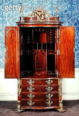 <b>Title</b> : Murray cabinet, open, c.1745 (photo) (see also 144859-61)<br><b>Medium</b> : <br><b>Location</b> : Leeds Museums and Art Galleries (Temple Newsam House) UK<br> - gettyimageskorea
