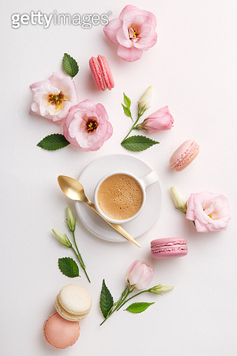Directly Above Shot Of Colorful Macaroons With Flowers And Coffee On White Background - gettyimageskorea