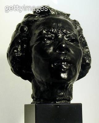 <b>Title</b> : Hanoko (bronze) (b/w photo)<br><b>Medium</b> : bronze<br><b>Location</b> : Private Collection<br> - gettyimageskorea