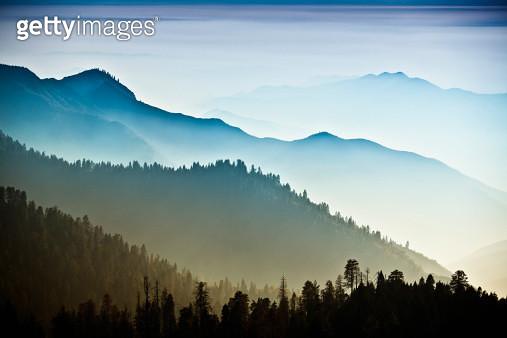 Mist on the Sierra Nevada Mountains - gettyimageskorea