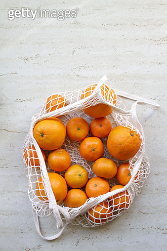 Oranges and Tangerines in Reusable  Shopping Bag - gettyimageskorea