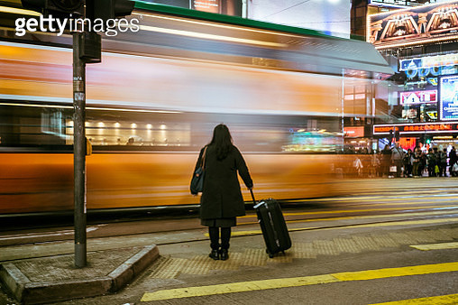 Crossing Hong Kong Street - gettyimageskorea