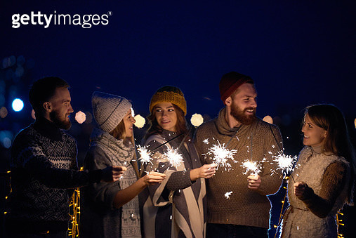 Positive friends waiting for New Year miracle - gettyimageskorea