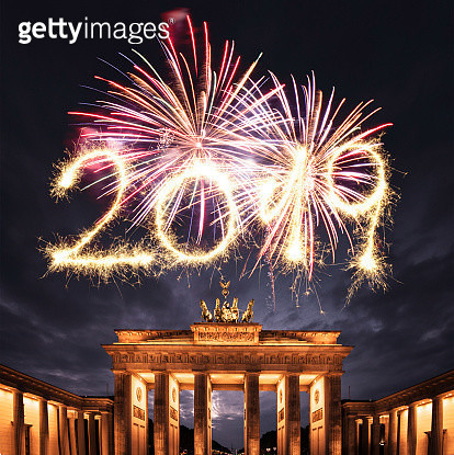 2019 new year fireworks in berlin - gettyimageskorea