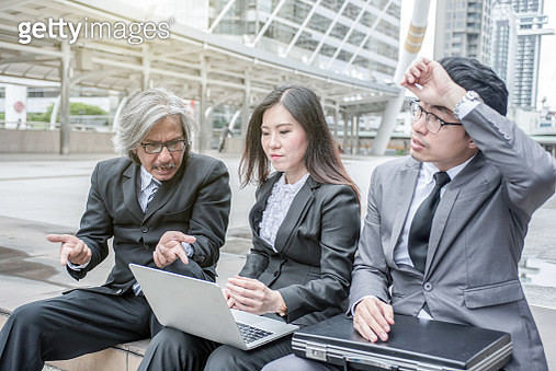 Three business people are stressed. - gettyimageskorea