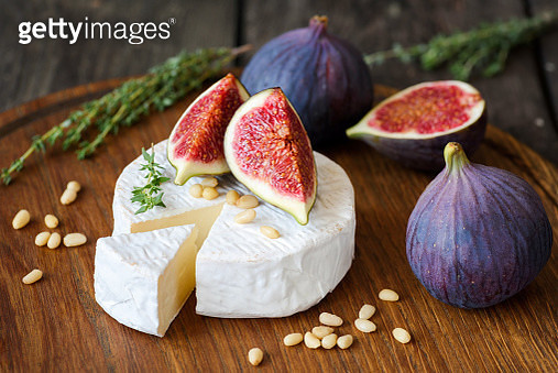Camembert cheese with fresh figs and nuts - gettyimageskorea