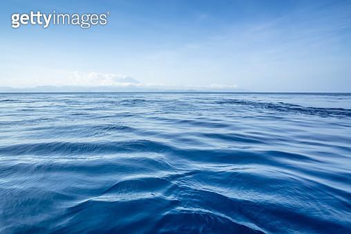 Blue Ocean Skyline - gettyimageskorea