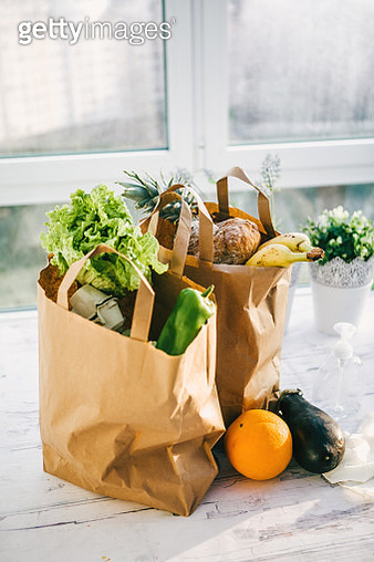 bags of fruit and vegetables delivered at home - gettyimageskorea