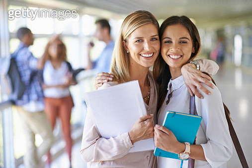 Friendships formed in college are friendships for life - gettyimageskorea