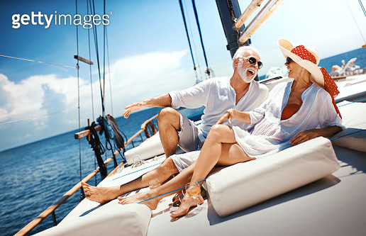 Senior couple on a sailing cruise. - gettyimageskorea