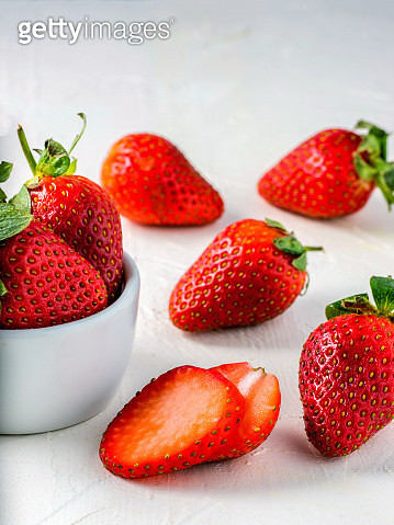 Strawberries In Wooden Bowl - gettyimageskorea
