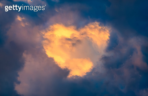 A heart shaped cloud - gettyimageskorea