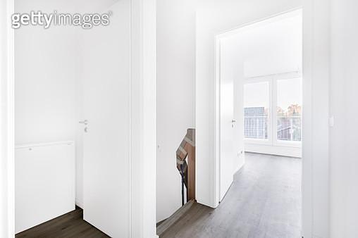 Empty room HDR - gettyimageskorea
