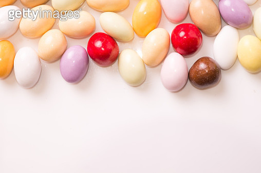 Full Frame Shot Of Multi Colored Candies On White Background - gettyimageskorea