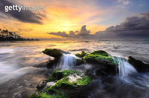 Sunrise at manyar beach - gettyimageskorea