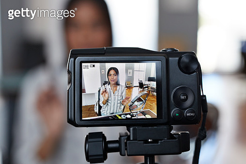 Vlogger making making video at home in stylish urban apartment - gettyimageskorea