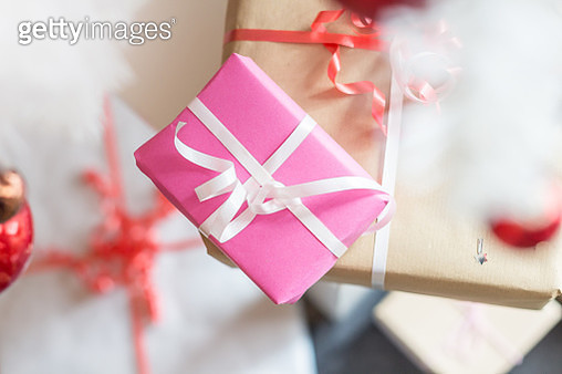 Close-Up Of Pink Gift Box - gettyimageskorea