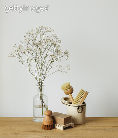 Eco-friendly kitchen cleaning tools - gettyimageskorea