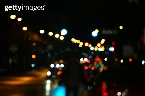 Defocused city street at night - gettyimageskorea
