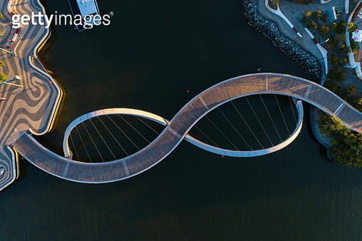 Aerial view over the footbridge at Elizabeth Quay Perth Western Australia - gettyimageskorea