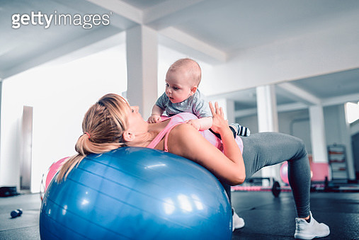 Mother And Baby Workout Sessions - gettyimageskorea