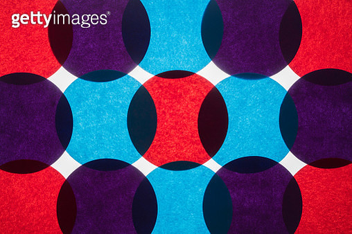 Colorful Circle Paper Back-lit Pattern Directly Above View. - gettyimageskorea