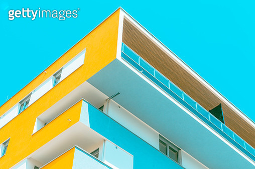 Low Angle View Of Building - gettyimageskorea