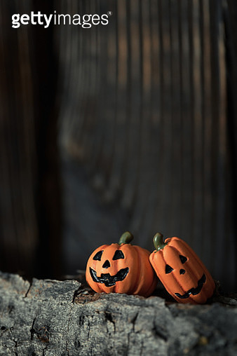 Two Halloween pumpkins close-up - gettyimageskorea