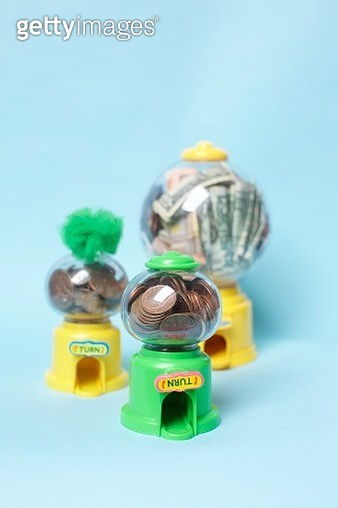 Money in Sweet dispensers - gettyimageskorea